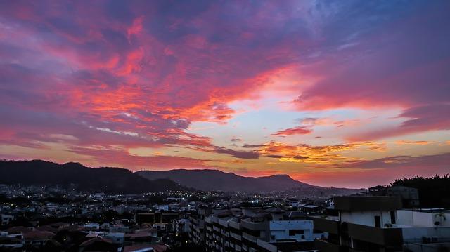 plan b viajero, guayaquil, cerro de santa ana