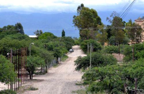 La mayoría de las calles son de tierra (Amaicha del Valle)