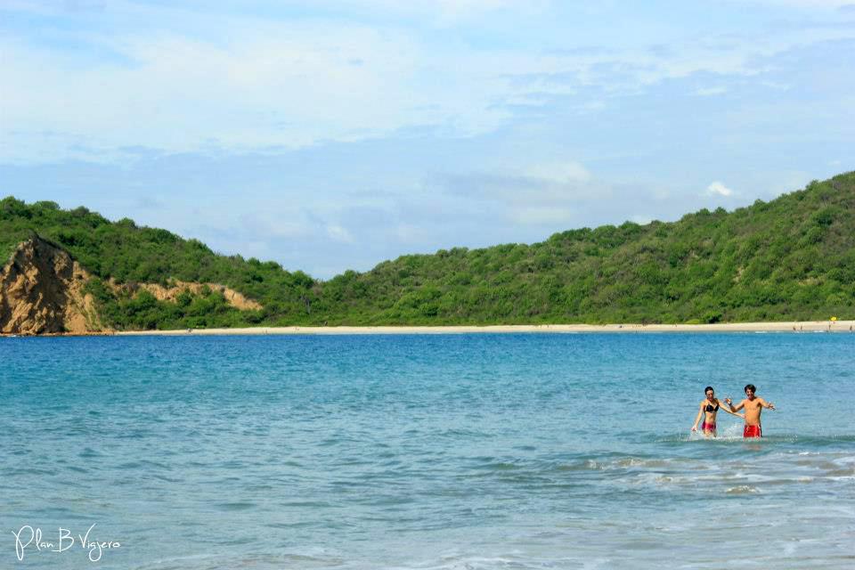 Puerto López y la playa más linda de Ecuador