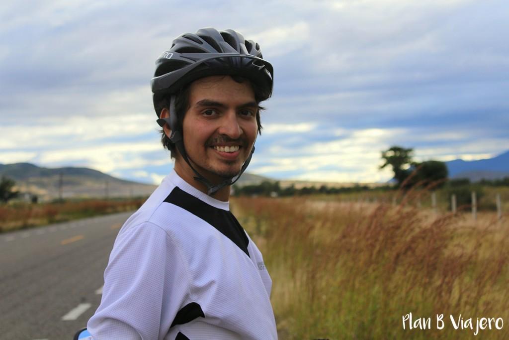 plan b viajero, camilo peña a san josé del pacifico en bici