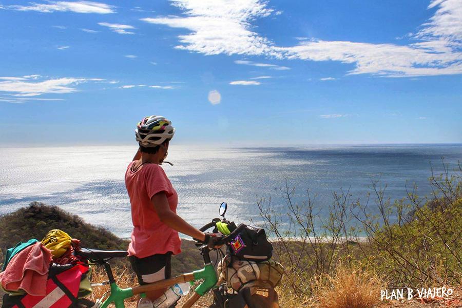 plan b viajero, viajar en bicicleta, viaje en bicicleta de bambú