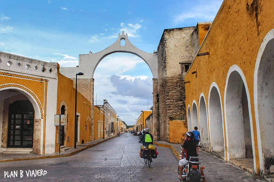 plan b viajero , Península de Yucatán en bici, Izamal