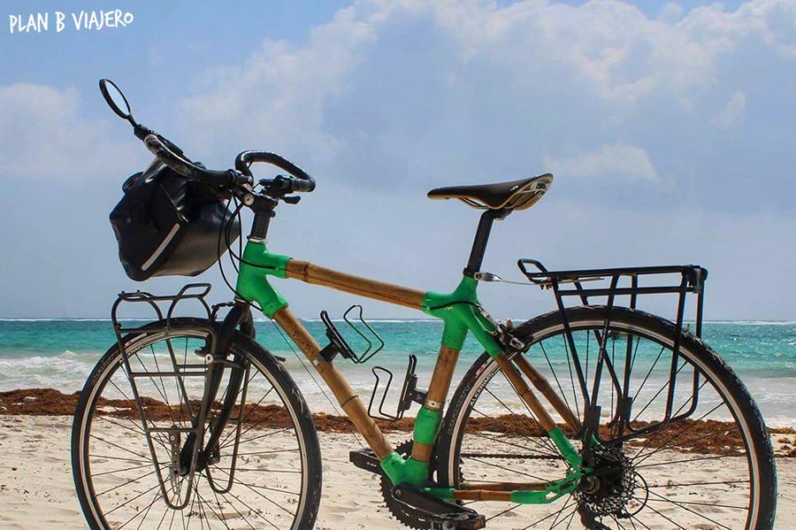 plan b viajero, viajar en bicicleta por donde empiezo, bici de bambú tulum