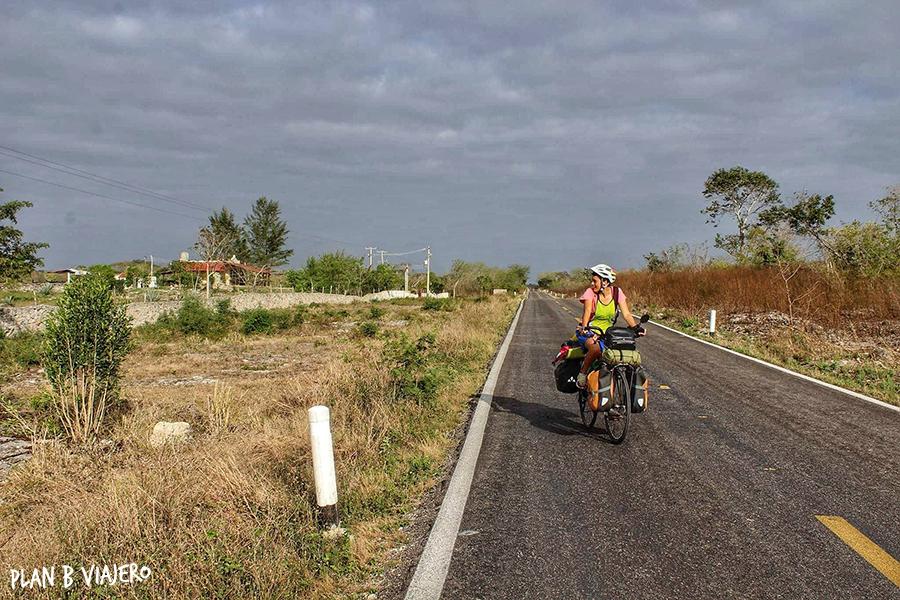 plan b viajero , gabriela de marcos, Península de Yucatán en bici, tunkas
